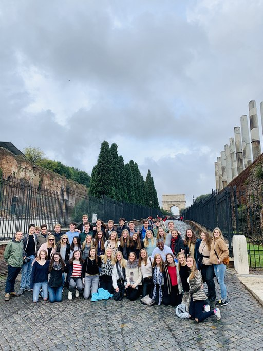 Upper School Students Travel to Italy